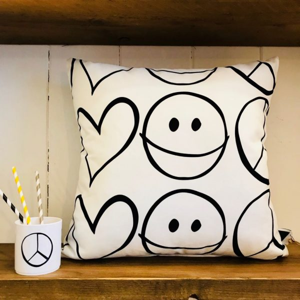 Love Frankie Peace Out Cushion