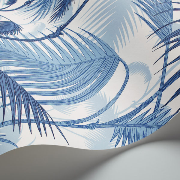 Cole & Son Palm Jungle wallpaper in China Blue 95/1005