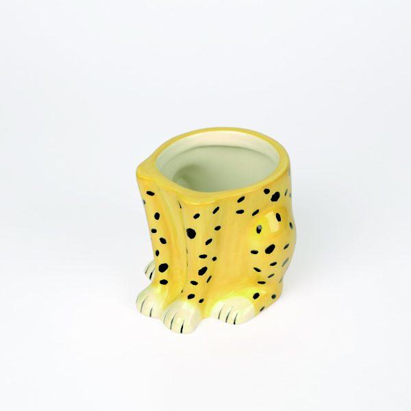 Cheeky Cheetah Plant Pot cut out