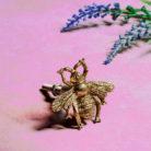 Bumble bee gold drawer knob