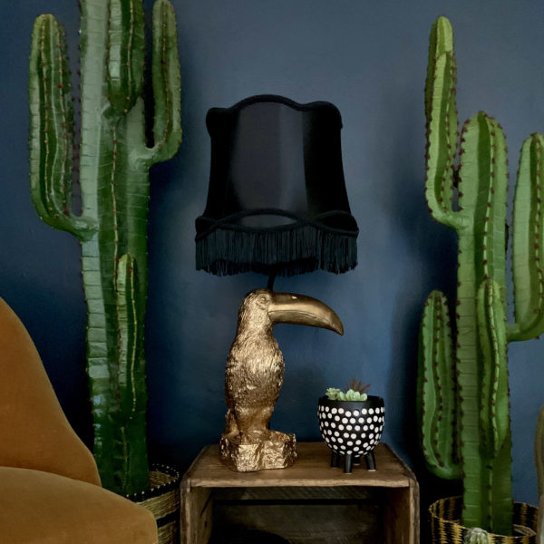 love Frankie toucan lamp