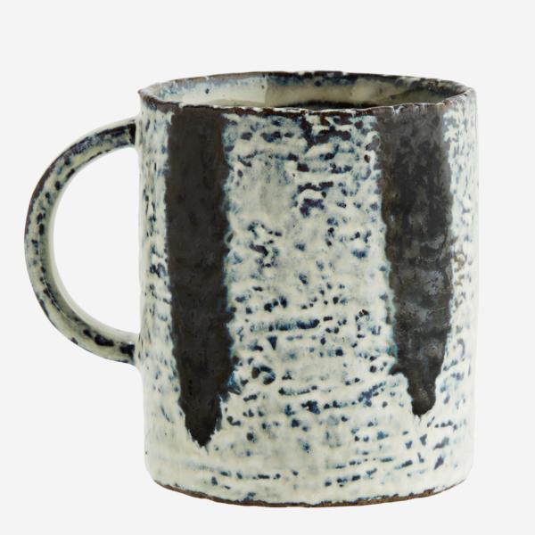 love-frankie-monochrome-abstract-mug