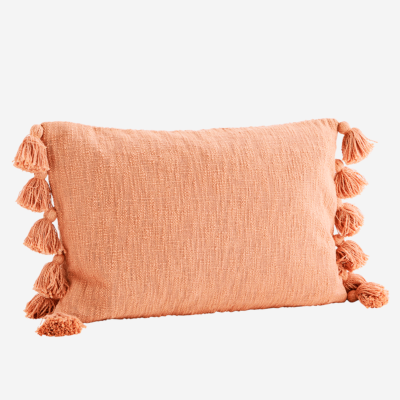 love-frankie-peach-cotton-tassled-cushion