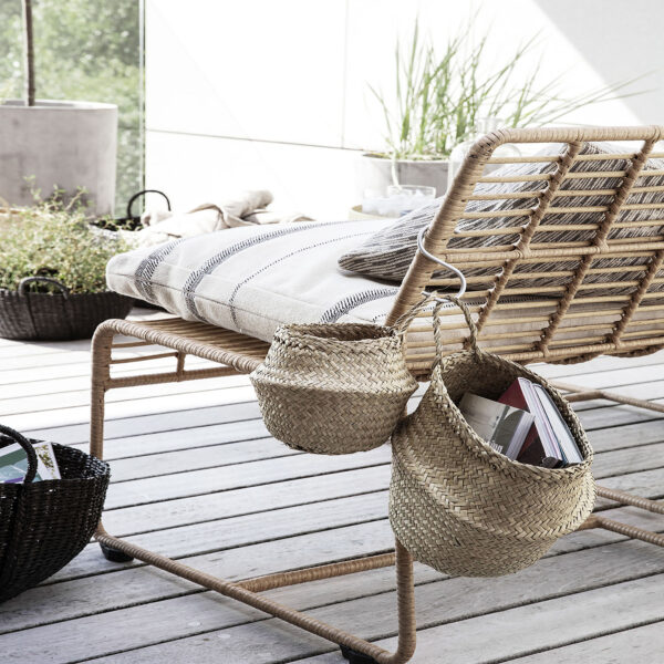 love-frankie-small-woven-seagrass-basket-with-handle