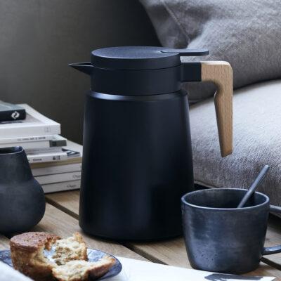 love-frankie-thermos-jug-in-black